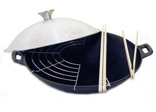 Чугунная сковорода - вок 30 x 8 см / 3,4 л с крышкой и решеткой Fissman 4100Сковороды<br><br>