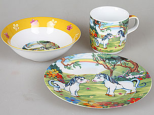 Набор детской посуды Rosenberg 8755Сервировка стола<br><br>