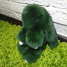 Брелок Меховой Кролик 19 см темно-зеленый 11043Сувениры<br><br>